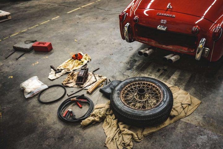 cuando cambiar los neumáticos del coche