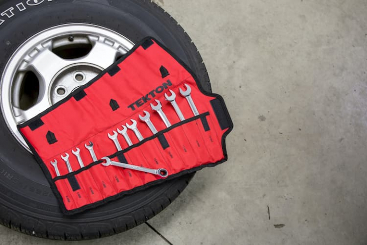 Kit de herramientas básico para coche.