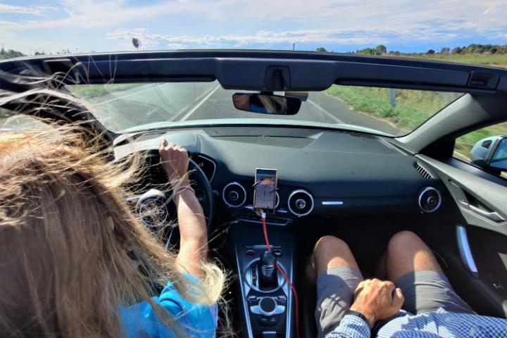 las ventajas de un coche de capota rígida