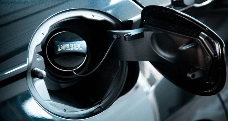 ¿Qué pasa si echas gasolina a un diesel?