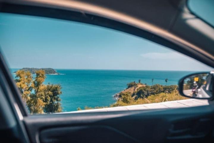 Diez trucos para los cristales del coche en verano